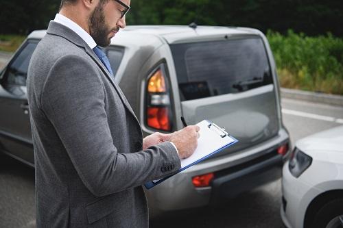 À quoi sert le courtier en assurance auto professionnel?